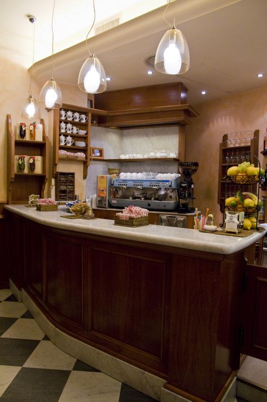 Caf 3 oscar dalan design for Dalan hotel